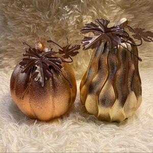 2 Ceramic decorative Halloween metallic pumpkins